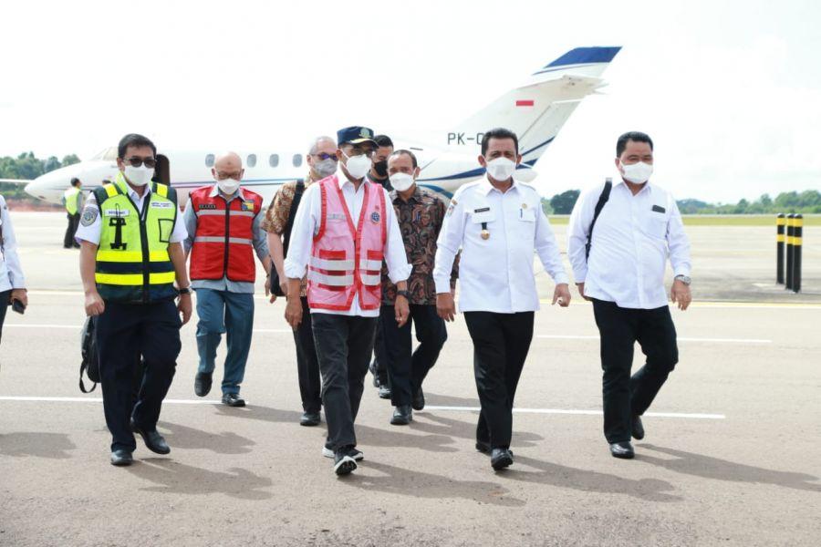 Bahas Pemulangan PMI di Batam, Gubernur Kepri Bersama Menhub Gelar Rakor