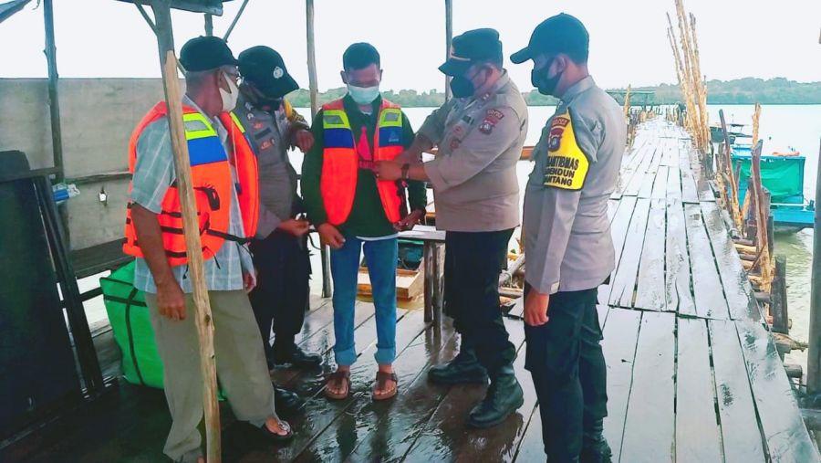 Cuaca Ekstrim, Polsek Bintan Timur Himbau Para Nelayan