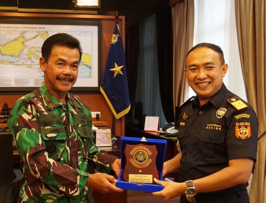 Danlantamal IV  Terima Kunker Kepala Kantor Wilayah DJBC Khusus Kepri