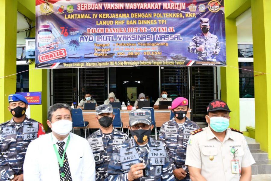 Vaksinasi Maritim di Poltekes Tanjungpinang Jadi Rebutan Pelajar