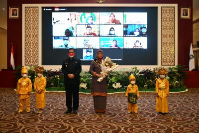 Pastikan Pelayanan Pendidikan Terbaik Buat Anak Usia Dini, Gubernur Ansar Kukuhkan BUNDA PAUD Kepri